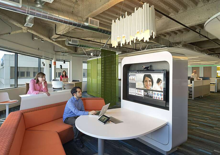 A kiosk is part of the redesigned Kaiser office in Oakland. Photo: Jasper Sanidad