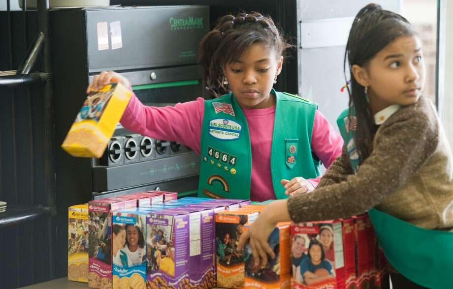 Click through to see calorie counts for the most popular Girl Scout cookies.  Photo: The Washington Post, The Washington Post/Getty Images