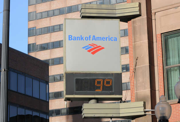 An electronic bank sign displays the temperature of 9 degrees on State Street Tuesday, Jan. 7, 2014 in Albany, N.Y. (Lori Van Buren / Times Union) Photo: Lori Van Buren / 00025268A