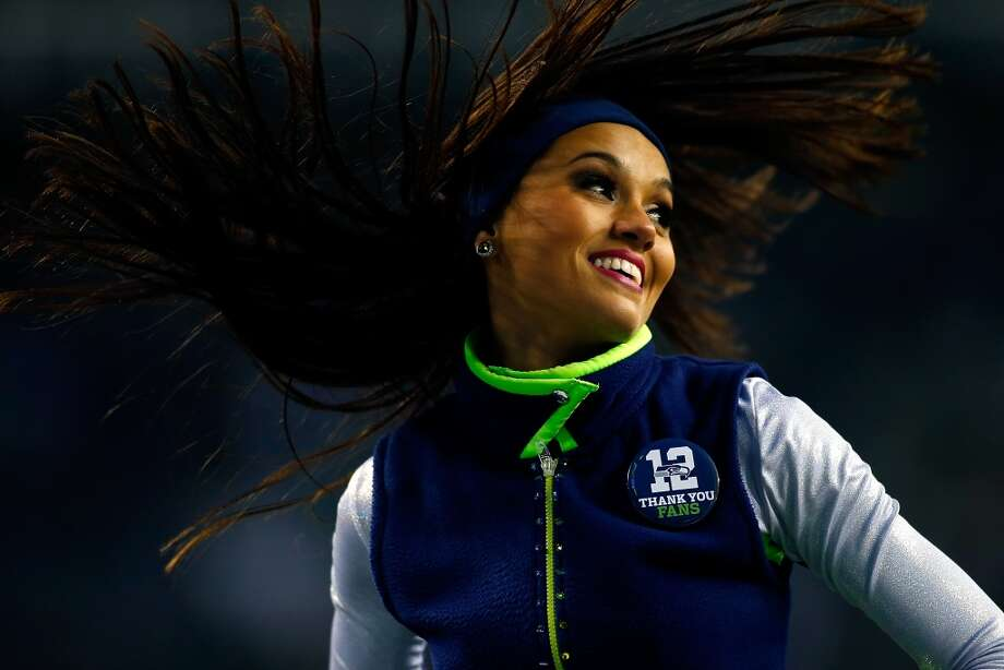 A Seattle Seahawks Sea Gals cheerleader performs Dec. 29. Photo: Jonathan Ferrey, Getty Images
