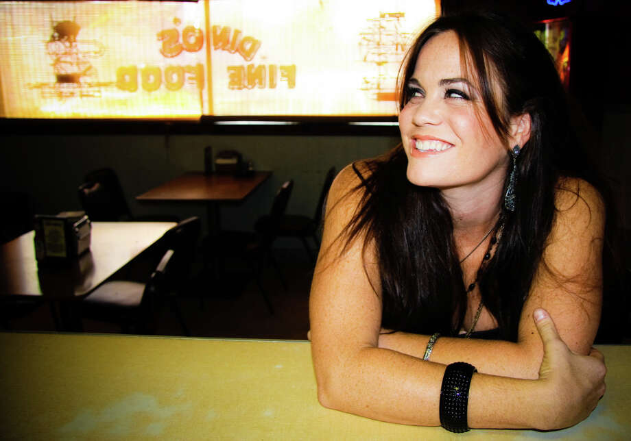 Texas singer/songwriter Bonnie Bishop performs at Dosey Doe on Tuesday. Photo: Handout / Website download
