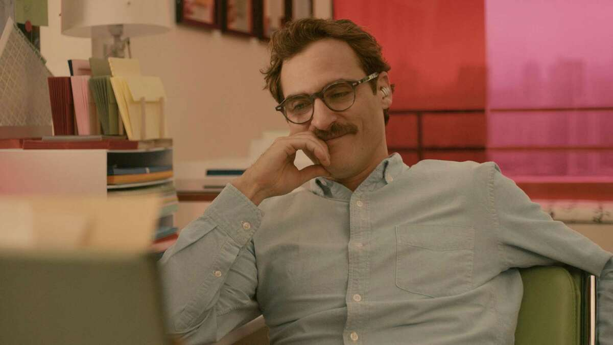 """Caption: JOAQUIN PHOENIX as Theodore in the romantic drama """"HER,"""" directed by Spike Jonze, a Warner Bros. Pictures release."""