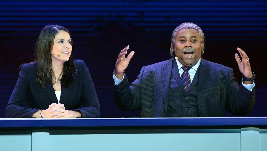 """Saturday Night Live"" cast members Cecily Strong (L) and Kenan Thompson as the Rev. Al Sharpton perform during a keynote address by Yahoo! President and CEO Marissa Mayer at the 2014 International CES. Photo: Getty Images"