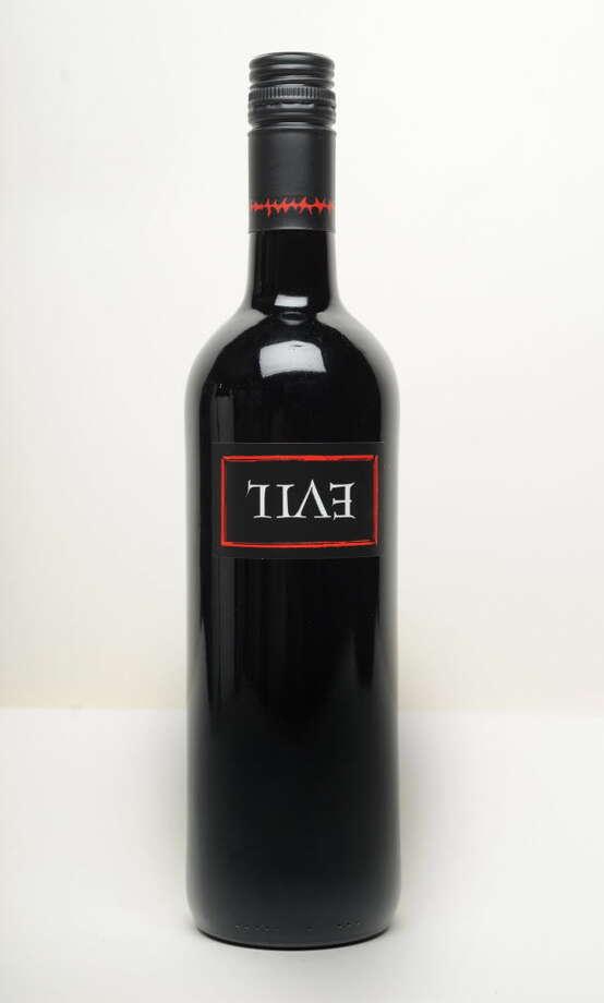 "R Wines ""Evil"" Cabernet sauvignon Spain 2011?$9.95"