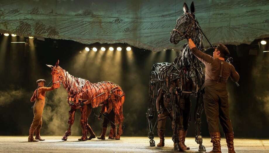 War Horse 3: Joey and Topthorn Photo: Brinkhoff/Moegenburg / Brinkhoff/Moegenburg