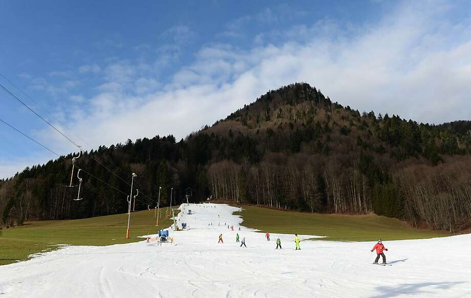 What polar vortex?The skiing in Ruhpolding, Germany, where temperatures reached 46 degrees, is almost as good as it is in Tahoe. (Donner Ranch empty, virtually all of Squaw Valley's upper lifts closed.) Photo: Christof Stache, AFP/Getty Images