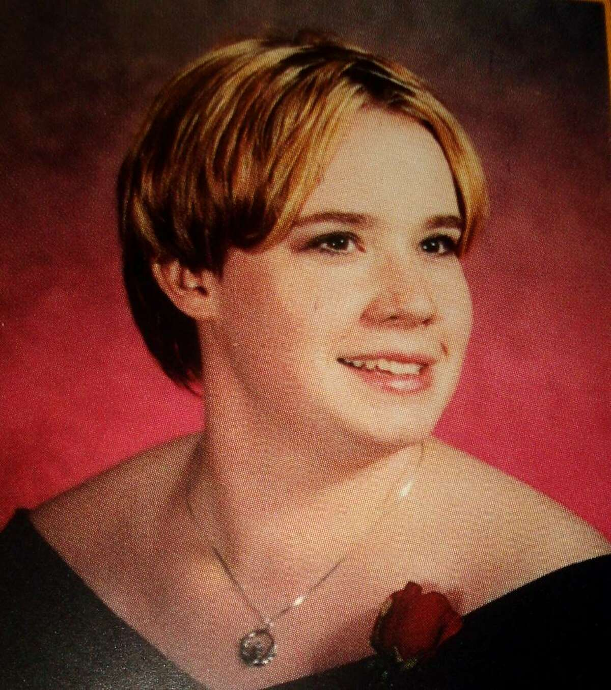 The 2001 Shelton High School yearbook photo of Victoria Hope.