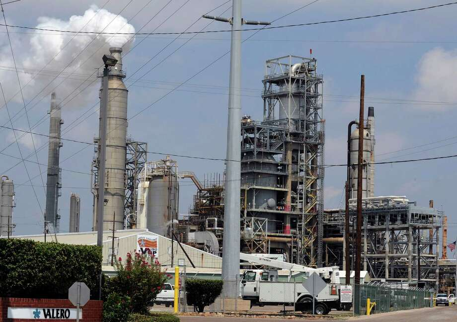 "A spokesman for Valero Energy Corp., with a refinery in Houston, says that ""the unlimited export of crude is not in the national interest.""  Greater U.S. crude exports could hurt the profits of domestic refiners.  Photo: Pat Sullivan, STF / AP"