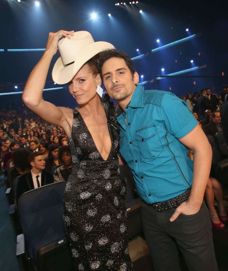 Musician Brad Paisley (R) and model Heidi Klum attend The 40th Annual People's Choice Awards at Nokia Theatre L.A. Live on January 8, 2014 in Los Angeles, California.  (Photo by Christopher Polk/Getty Images for The People's Choice Awards) Photo: Christopher Polk