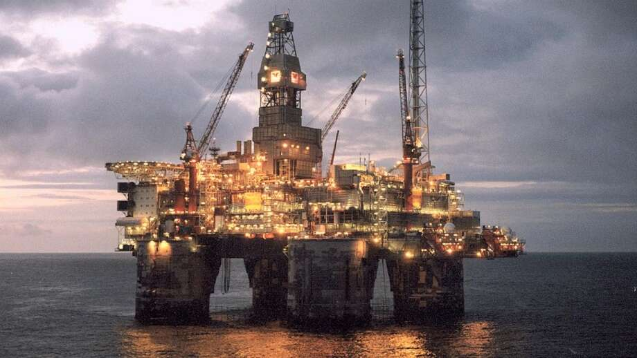 The Heidrun platform works on a Statoil project in the Norwegian Sea. Photo: Statoil Photo