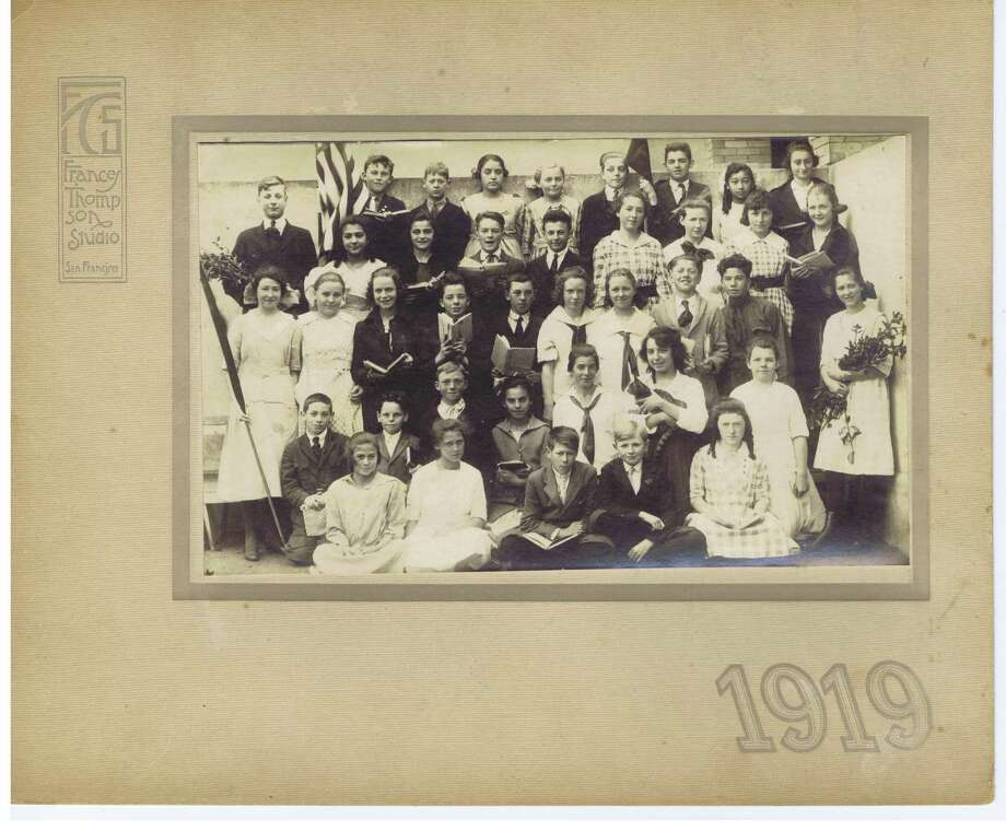 Frances Thompson studios class photo from 1919. From the collection of Bob Bragman Photo: From The Collection Of Bob Bragman