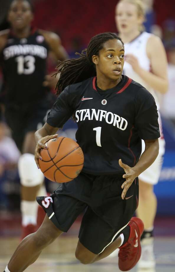 Lili Thompson, a freshman guard, joined the starting lineup for No. 4 Stanford in her third game. She has stepped up her game as Pac-12 play has arrived. Photo: Gary Kazanjian, Associated Press