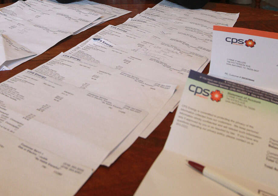 CPS Energy doesn't read all meters and sometimes estimates how much gas and electricity customers are using. Photo: John Davenport, San Antonio Express-News / ©San Antonio Express-News/Photo may be sold to the public