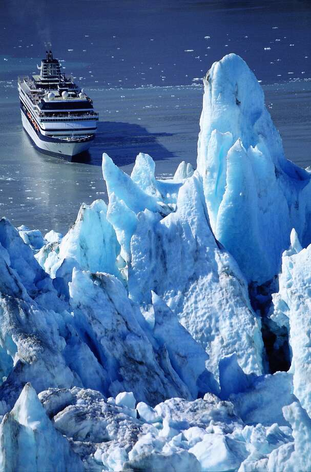 A cruise ship sails into Alaska's Glacier Bay National Park. Photo: Harvey Lloyd, Getty Images