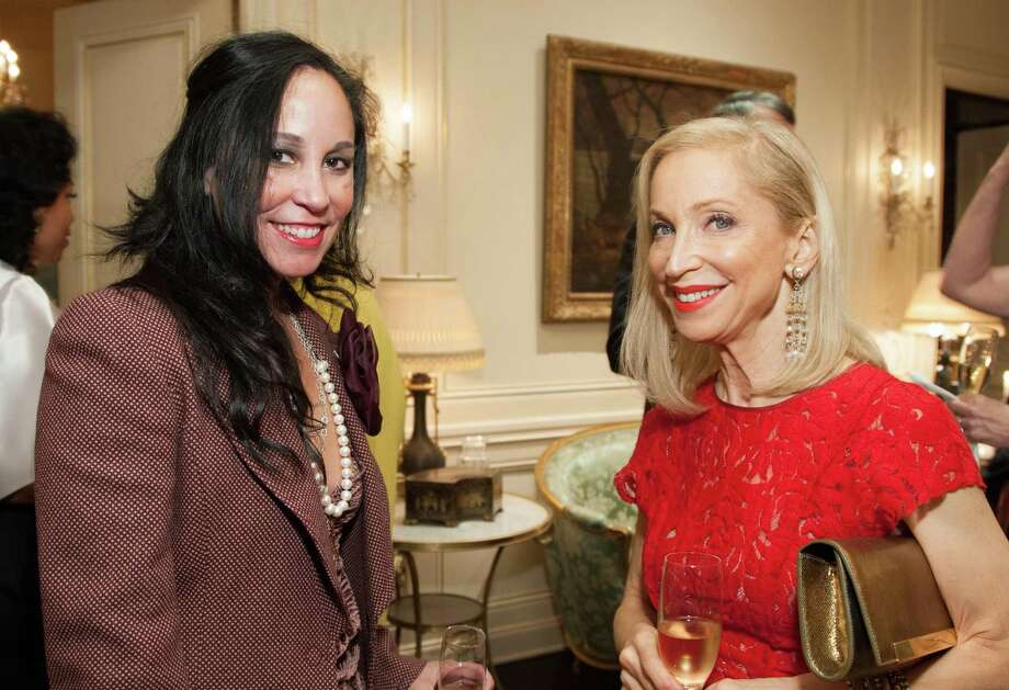 Michelle Mofino and Shelley Gordon at the 2014 San Francisco Ballet Gala Benefactors pre-party on January 8, 2014. Photo: Drew Altizer Photography