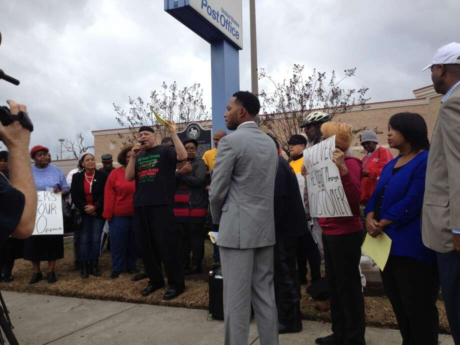 Protesters rally to challenge U.S. Postal Service plans to relocate the Southmore Station, now at 4110 Almeda – the historic site of Houston's first sit-in demonstration in 1960. (Cindy George | Houston Chronicle)