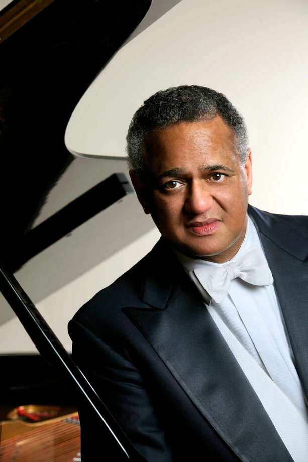 Andre Watts will play Sergei Rachmaninoff's Piano Concerto No. 2 with the Houston Symphony in September. Photo: Steve J. Sherman