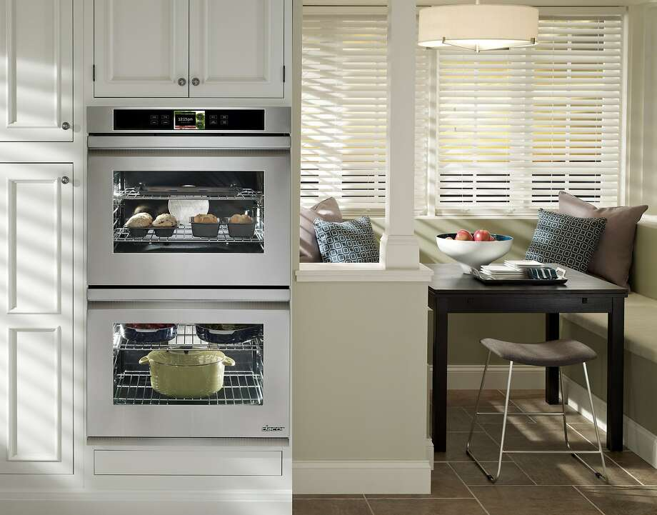 The Discovery iQ 30-inch wall oven has WiFi and includes a proprietary control panel enabling it to play videos and download recipes. Photo: Dacor