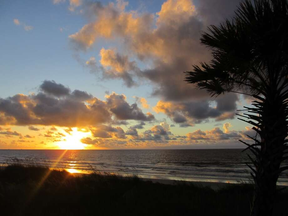 When the sun rises over the Atlantic Ocean, Hunting Island is the perfect place to celebrate the start of a new day. Photo: Terry Scott Bertling, San Antonio Express-News