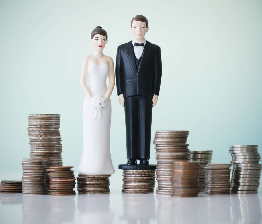 Nail down a budget. According to a 2013 report from The Wedding Report, Inc., it's estimated that 2,083,000 couples will get married in 2014, spending on average $26,251 on their wedding. Most couples go over budget, so Wedding Spot's Tina Hoang-To recommends asking local friends to get a rough baseline for what you might expect to pay for a florist, venue, DJ or photographer. Photo: Jamie Grill, Getty Images/Tetra Images RF