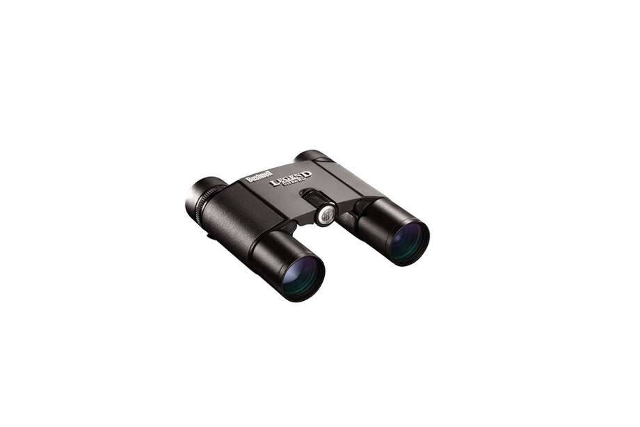 The Bushnell Legend Ultra HD 10x25mm binoculars sport ED Prime glass, for sharp, color-true detail, so you're not losing out by choosing the compact size. Photo: Amazon.com / ONLINE_YES