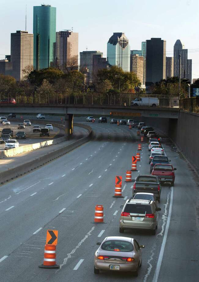Logic would seem to suggest that if there are more cars in the city, your likelihood of dying in a traffic-related incident would increase. However, because ambulances and hospitals are close by and there are fewer isolated straight-aways for high-speed driving, the chance of dying in a car crash is 20 percent lower in the city. Photo: J. Patric Schneider, For The Chronicle / © 2014 Houston Chronicle