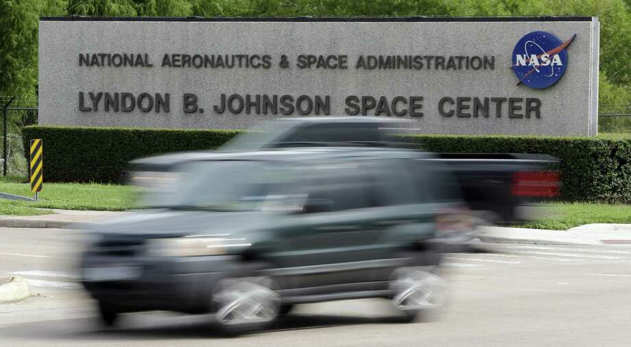 The emergence of commercial spacecraft means Houston no longer will control every aspect of manned space operations. Photo: Associated Press / AP