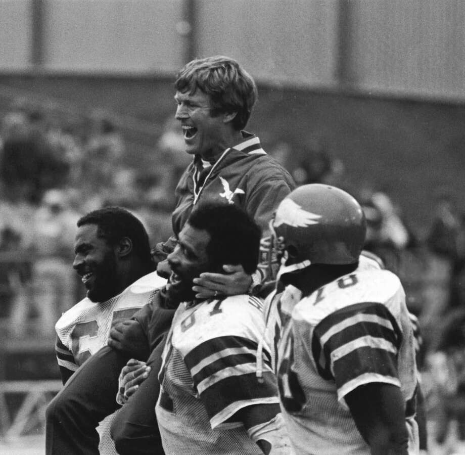 Claude Humphrey (87)  Defensive end; Atlanta Falcons (1968-1978), Philadelphia Eagles (1979-1981)  Senior nominee Photo: Jim Mone, Associated Press