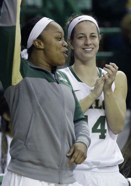 Odyssey Sims (left) has never lost at home during her Baylor career, a streak she and Makenzie Robertson hope to extend. Photo: LM Otero / Associated Press / AP
