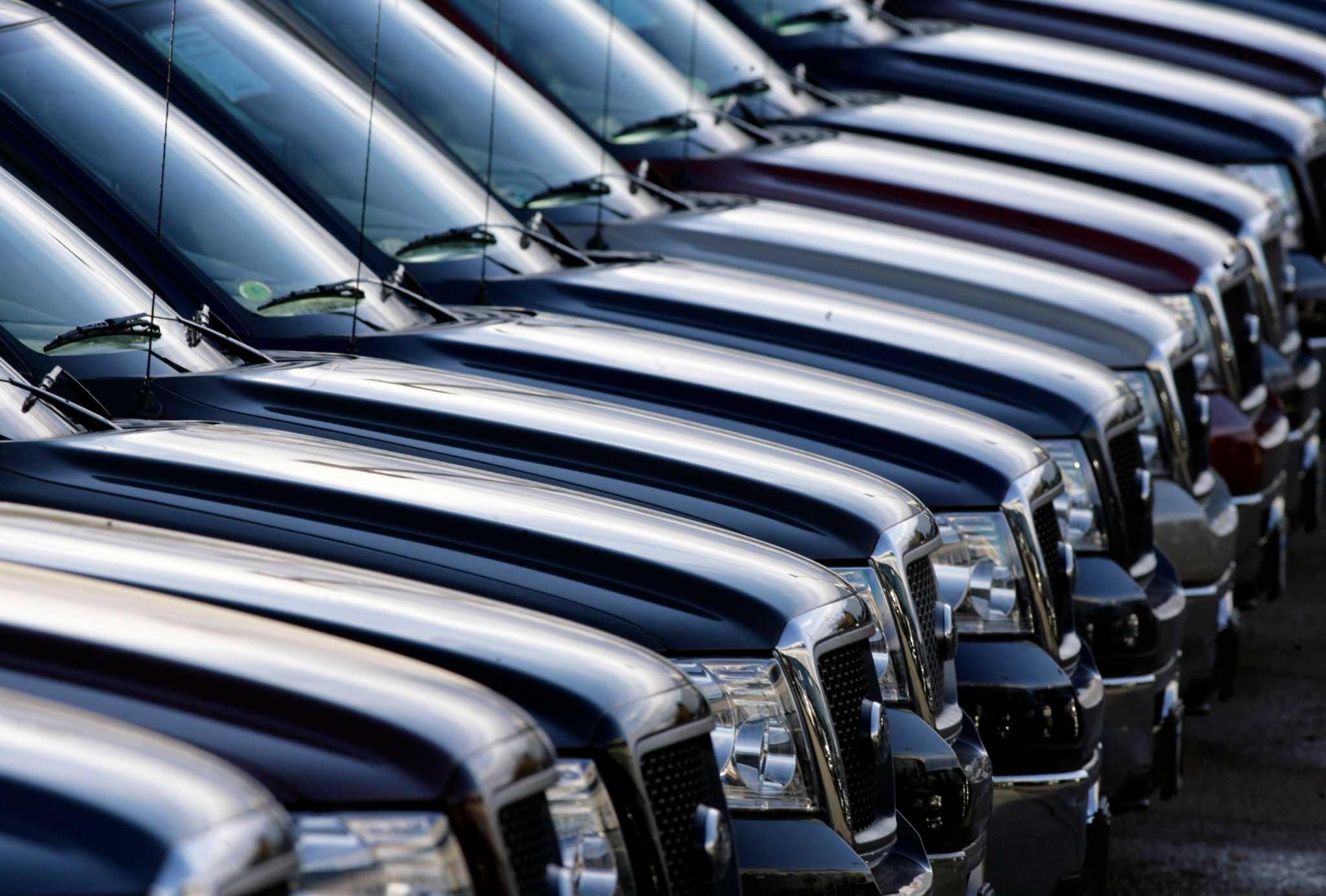 Axlegeeks compiles best pickup trucks under 35 000 seattlepi com