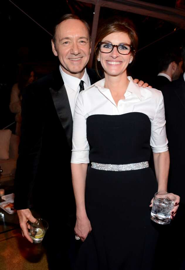 Actors  Kevin Spacey (L) and Julia Roberts attend The Weinstein Company & Netflix's 2014 Golden Globes After Party presented by Bombardier, FIJI Water, Lexus, Laura Mercier, Marie Claire and Yucaipa Films at The Beverly Hilton Hotel on January 12, 2014 in Beverly Hills, California. Photo: Araya Diaz, Getty Images For The Weinstein Company