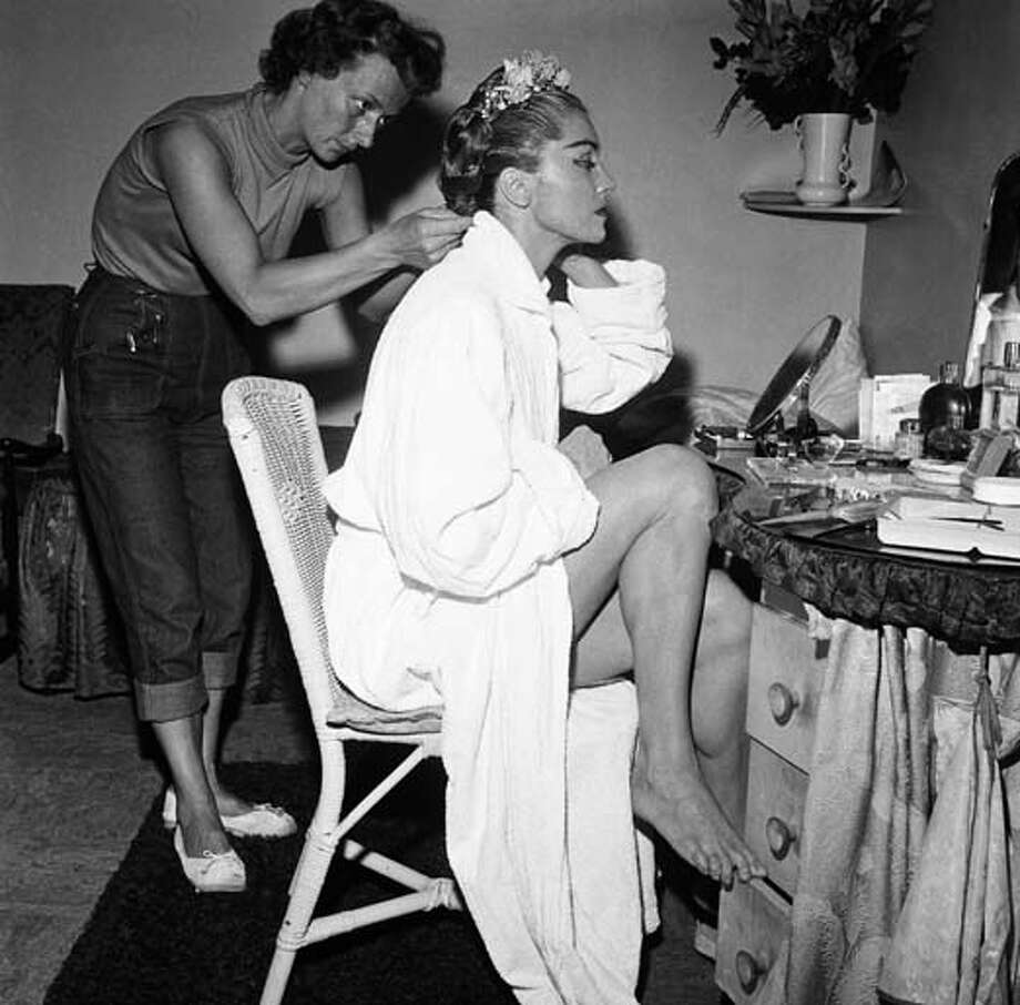 Hairdresser Pat Tidy assists actress/swimmer Esther Williams in 1956. Photo: NBC, NBCU Photo Bank Via Getty Images / 2012 NBCUniversal Media, LLC