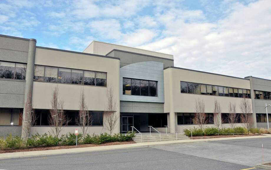 Wilton 372, a 92,500 square foot office building on Route 7 in Wilton, Conn. was sold for $19.2 million to a joint venture between Summit Development and The Grossman Cos. Photo: Contributed Photo / Stamford Advocate Contributed