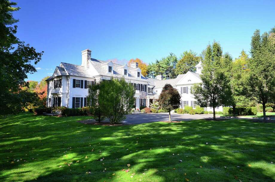 The Colonial at 584 West Road in New Canaan blends modern accoutrements with several architectural choices that give it a historic feel. It is on the market for $5,895,000. Photo: Contributed Photo, Contributed / New Canaan News Contributed