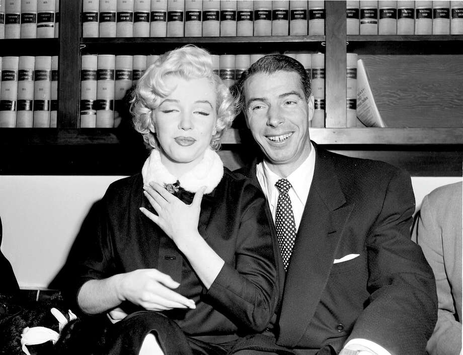 Marilyn Monroe and Joe DiMaggio in the judge's chambers before their marriage on January 14, 1954. Photo: ART FRISCH Or Bill Young, Art Frisch Or Bill Young/San Francisco Chronicle / CHRONICLE
