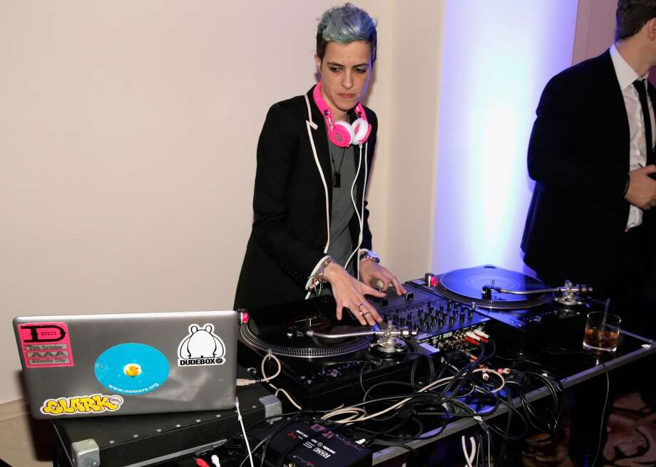 Samantha Ronson DJ's at the 3rd annual Sean Penn & Friends HELP HAITI HOME Gala benefiting J/P HRO presented by Giorgio Armani at Montage Beverly Hills on January 11, 2014 in Beverly Hills, California. Photo: Joe Scarnici, Getty Images For J/P Haitian Relief Organization