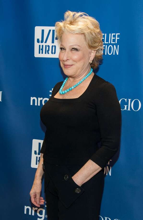 Bette Midler arrives at the 3nd Annual Sean Penn & Friends HELP HAITI HOME Gala Benefiting J/P HRO Presented By Giorgio Armani at Montage Hotel on January 11, 2014 in Los Angeles, California. Photo: Valerie Macon, Getty Images