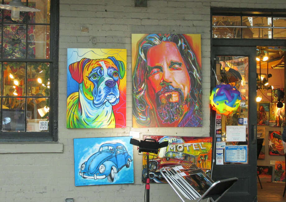 Art gallery in the City Market in Savannah, GA. Photo: Sarah Diodato