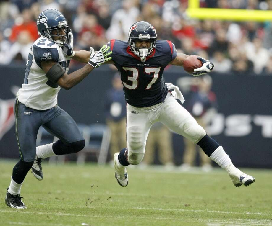 Signed by the Texans an undrafted free agent on May 1, 2009, Foster, wearing No. 37, appeared in five games during the 2009 season. He rushed for 119 yards in the season finale against the New England Patriots. Photo: Nick De La Torre, Houston Chronicle