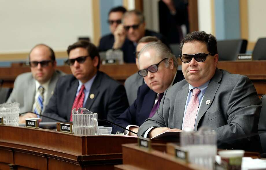 The House Courts, Intellectual Property and the Internet Subcommittee watches a demonstration of 3-D technology. Photo: Win McNamee, Getty Images