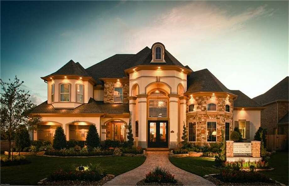 According to the FBI's crime statistics, Sugar Land is the safest city in Texas and ranks No. 20 nationally. Take a look at some of the houses for sale in the area that will make you feel safe and sound and right at home.5019 Vista Blue: This 2011 home has 4 bedrooms, 5.5 bathrooms, and 5,721 square feet. Listed for $1,098,950. Photo: Houston Association Of Realtors