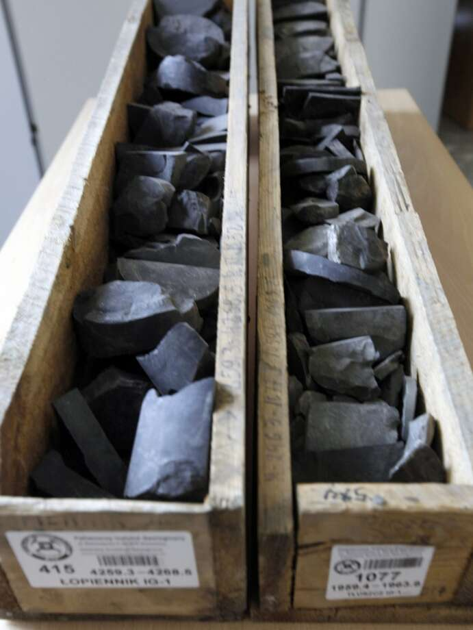 Samples of shale rocks recovered in central and eastern Poland are displayed at the State Geological Institute in Warsaw, Poland on Wednesday, March 21, 2012. Photo: Czarek Sokolowski, Associated Press