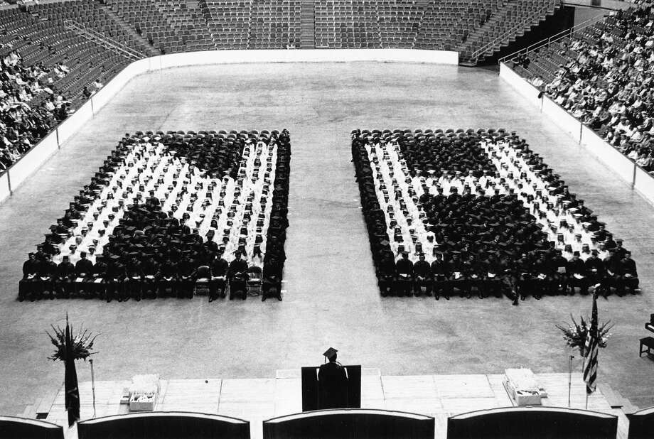 Nathan Hale High School graduation. The location is likely the Seattle Center Coliseum. Date unknown. Photo: copyright MOHAI, Seattle Post-Intelligencer collection, 2000.107_print_schools_hale_018. Photo: Copyright MOHAI