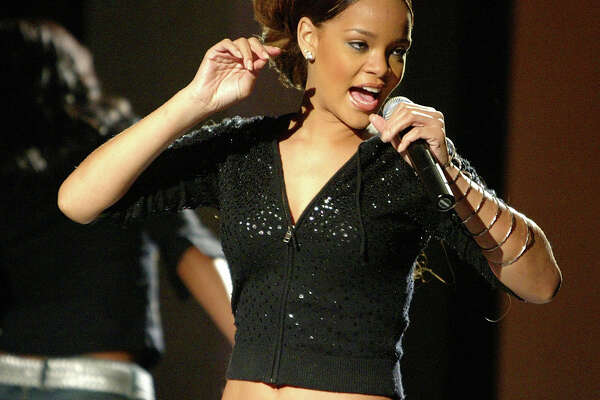 Pop-singer Rihanna CQ, plays a free concert for students at Seattle�s Nathan Hale High School in the schools new Performing Arts Center on Monday December 5, 2005. Rihanna, 17, is Barbados born and plays a style of Caribbean mixed with R&B music.  By: Gilbert W. Arias