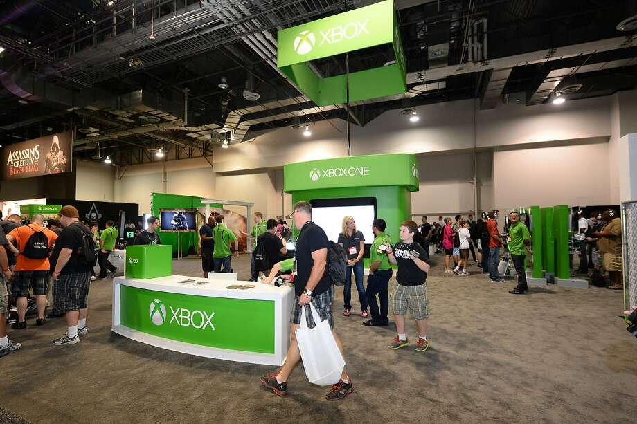 A higher percentage of sales in hardware, like Microsoft's Xbox, cut GameStop's profit margin. Photo: Powers Imagery, Associated Press