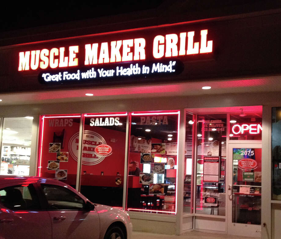 Muscle Maker Grill in Fairfield is a new restaurant that promotes a range of low-calorie, healthy dining options. Photo: Patti Woods / Fairfield Citizen contributed