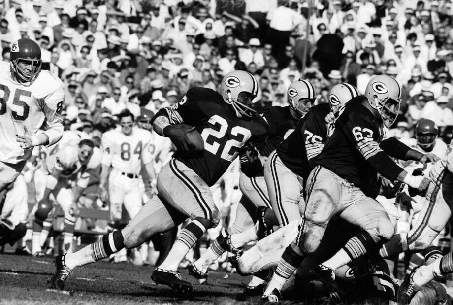 Green Bay's offense looks for an opening against Kansas City during Super Bowl I at Los Angeles Memorial Coliseum on Jan. 15, 1967. Photo: Art Rickerby, Getty Images / Time & Life Pictures