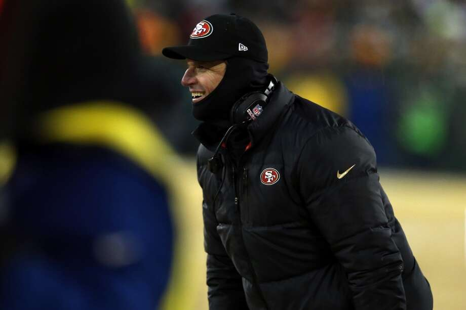 Head coach Jim Harbaugh of the San Francisco 49ers reacts on the sideline against the Green Bay Packers during their NFC Wild Card Playoff game at Lambeau Field on January 5, 2014 in Green Bay, Wisconsin. Photo: Jonathan Daniel, Getty Images