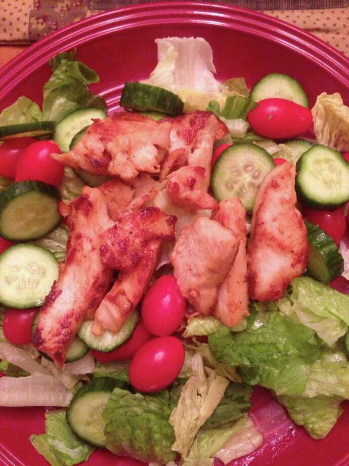 Ellie Yetto Grogan shows us her grilled chicken salad.