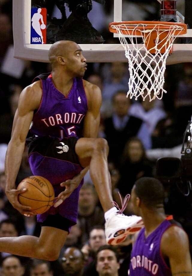 2000: Vince Carter Location: Oakland, Calif. Team: Toronto Raptors Photo: Ben Margot, Associated Press